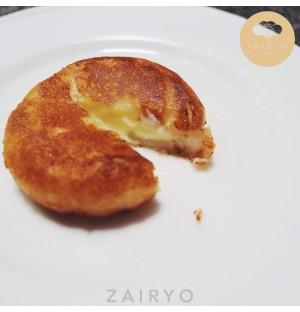 Camembert Mochi Potato / ポテトもちのカマンベール味